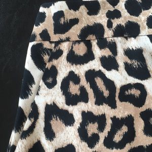 BR NWOT Leopard Print High-waist, Wide-leg Pants